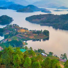 Lake Bunyonyi Uganda Safari will take you to Lake Bunyonyi found in the South Western part of Uganda